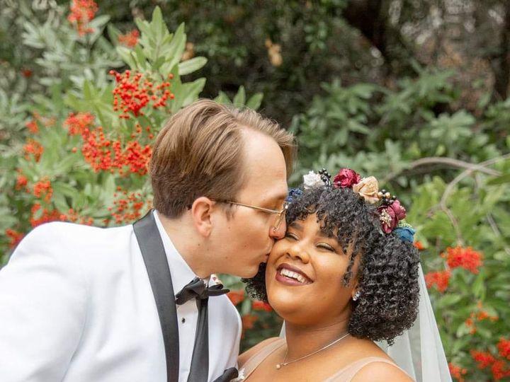 Tmx Zoe Spencer Cute Kiss 51 22414 160030257231587 San Bernardino, CA wedding catering
