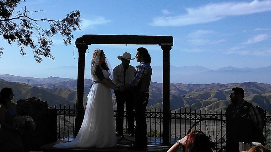 Western-themed ceremony