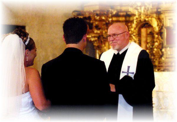 Tmx 1205303435001 4.1.03Ridenour2 Fontana wedding officiant