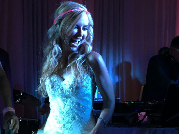 Tmx 1467938927930 Mne Bride 4seasons Clubx Denver wedding band