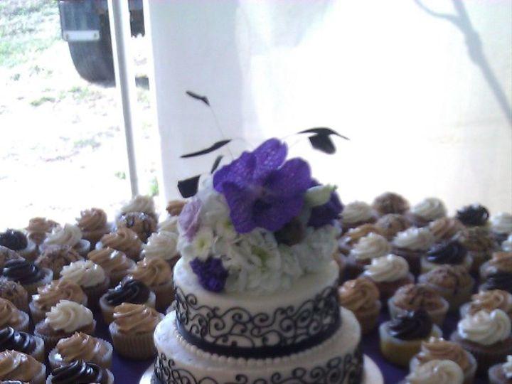 Tmx 1352470110505 2012090117.35.08 Eau Claire wedding cake