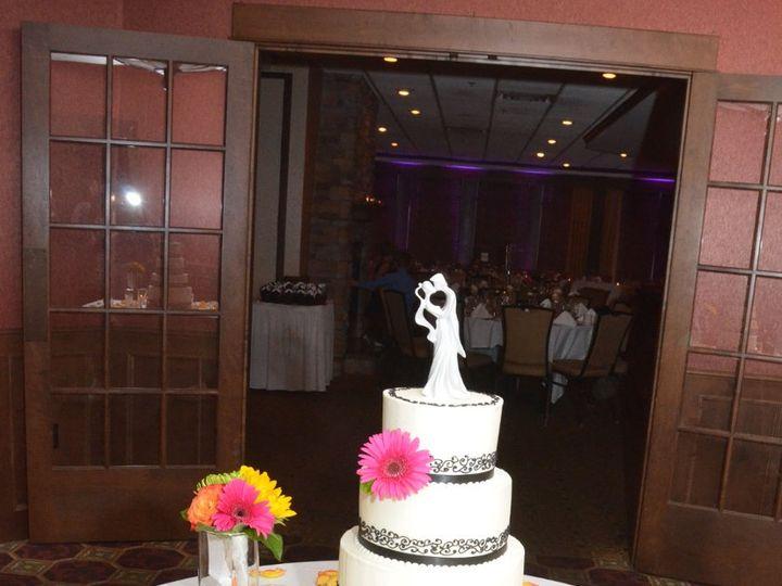 Tmx 1352470189285 DSC0872 Eau Claire wedding cake