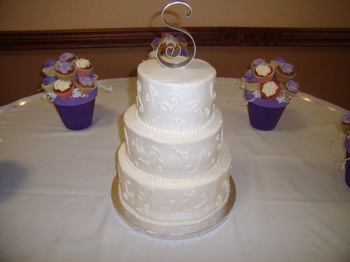 Tmx 1352470255989 GEDC0418 Eau Claire wedding cake