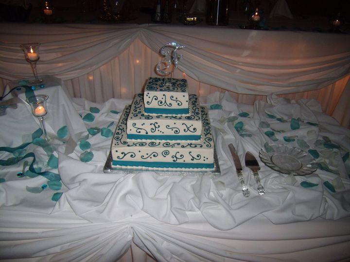 Tmx 1352470451397 October2009034 Eau Claire wedding cake