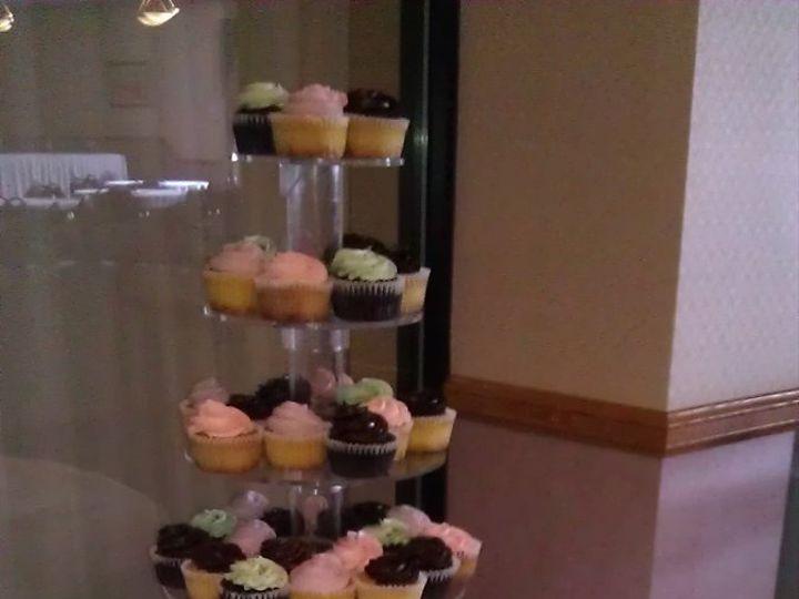 Tmx 1352470797663 2012051913.14.04 Eau Claire wedding cake