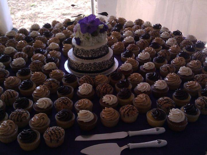 Tmx 1352470839959 2012090117.35.01 Eau Claire wedding cake