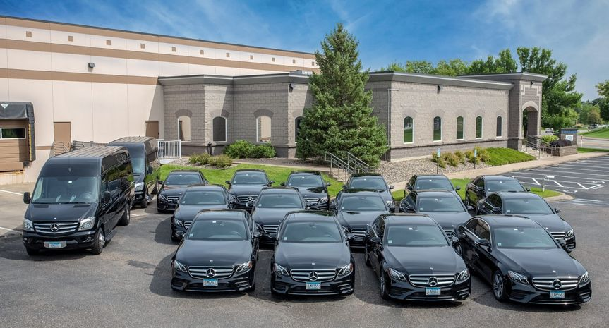 Total Luxury Limousine