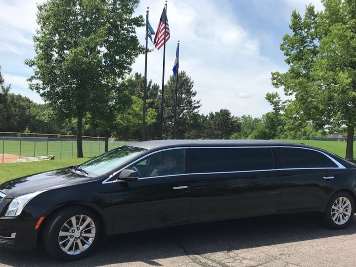 Tmx 4 Pk Caddilac 2 2 51 37414 158593486558776 Saint Paul, Minnesota wedding transportation