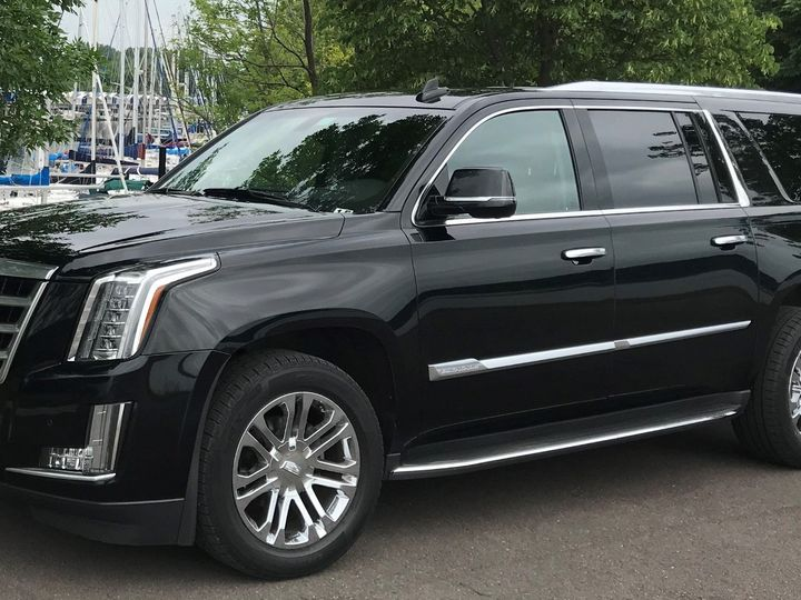 Tmx Escalade Bayport 3 51 37414 158593564112992 Saint Paul, Minnesota wedding transportation