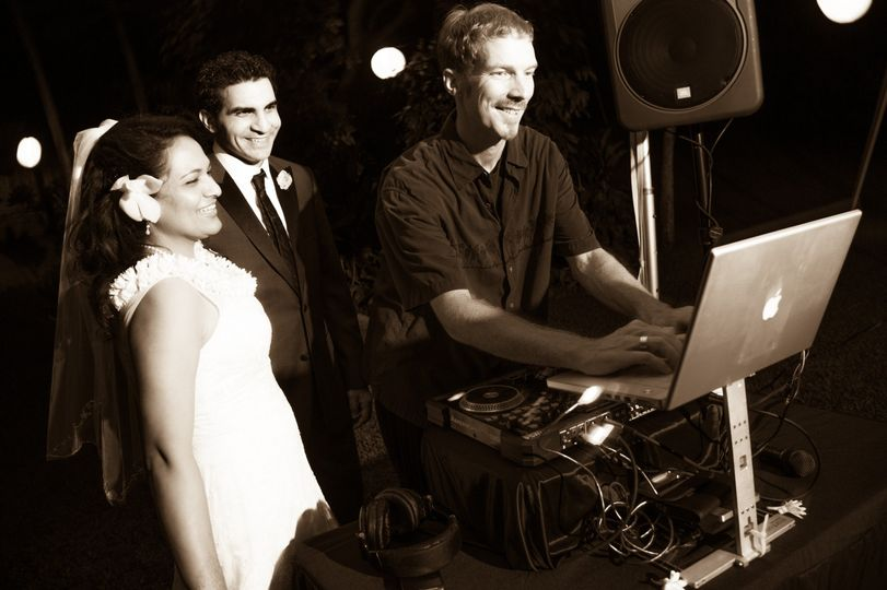 maui wedding dj 28
