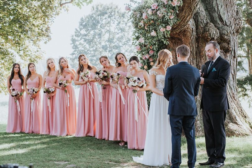 Outdoor ceremony - bridesmaids