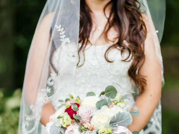 Tmx 1537882821 109831dbdbf3f3e7 1537882820 336fb4bc76b68043 1537882818164 1 Unnamed Milford wedding florist