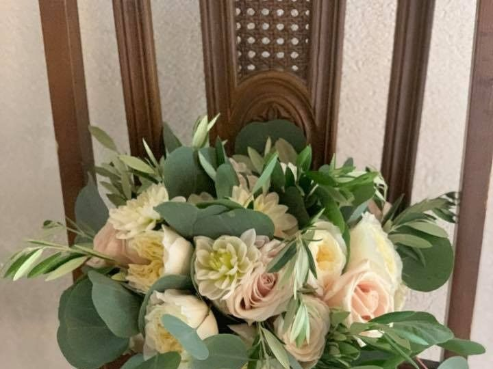 Tmx 67936133 2392932534131452 3327228975717023744 N 51 684514 1572992844 Milford wedding florist