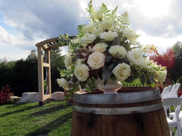 Tmx T30 1106677 51 684514 1572992860 Milford wedding florist
