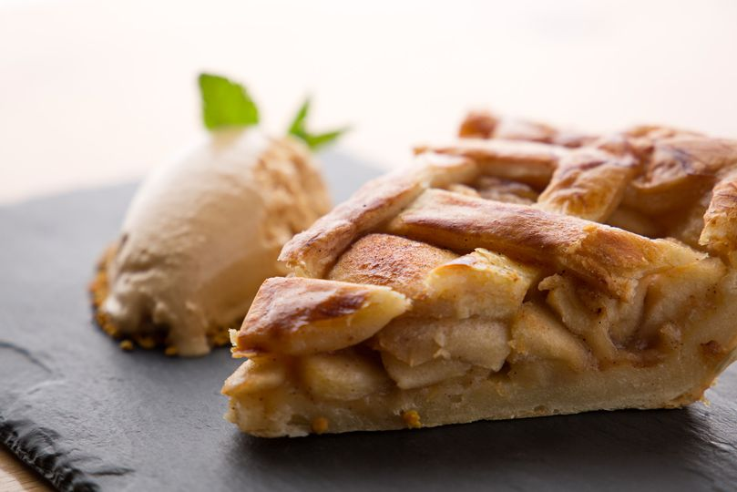 Double crust apple pie french