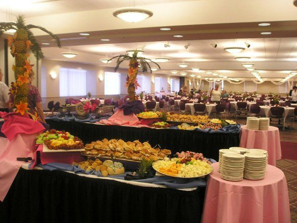 a2b7ef6602ebe2ff 1235306335412 Wedding from buffet area