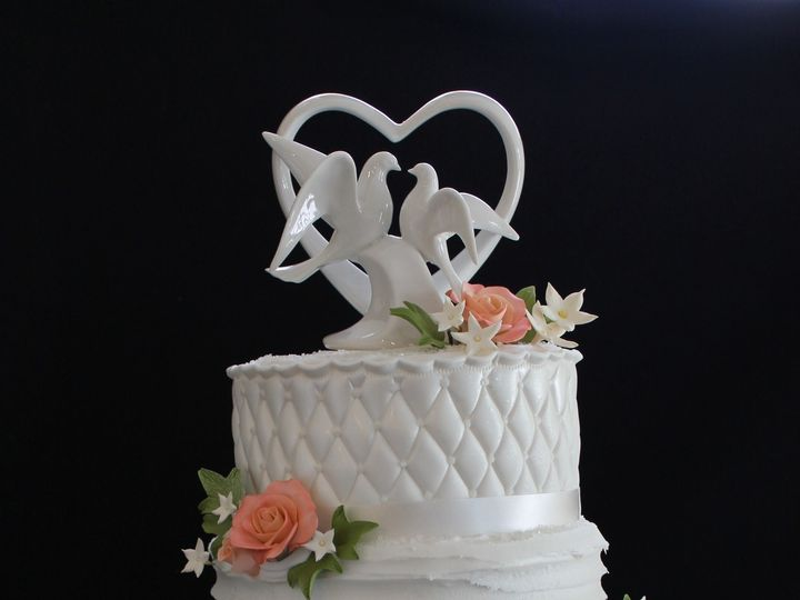Tmx 1478016408201 July2016 392 North Andover wedding cake