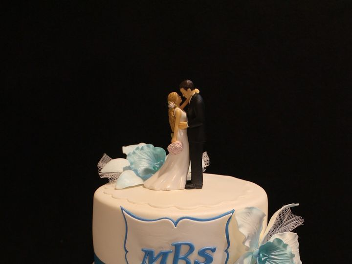 Tmx 1478020629268 May2016 1655 North Andover wedding cake