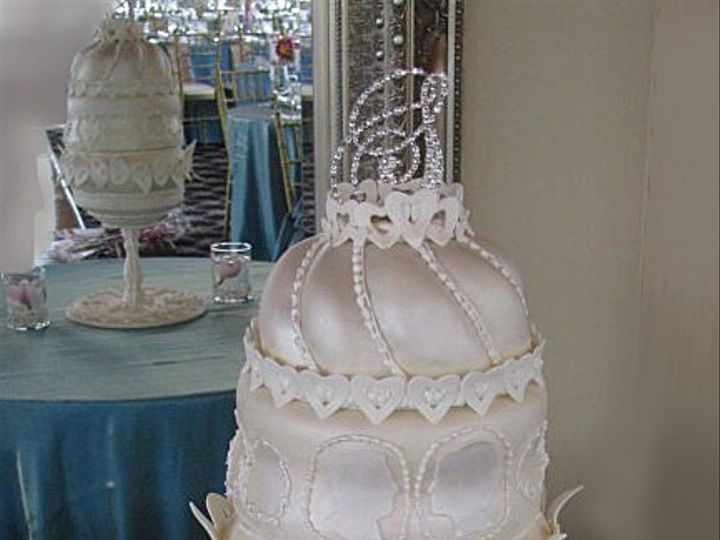 Tmx 1426555829076 F Cameo Wedding Cake West Orange, NJ wedding cake