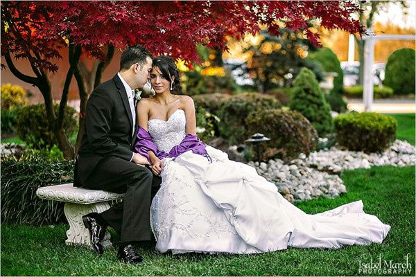 800x800 1421263394960 bride groom garden2