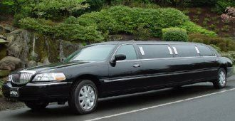 Tmx 1380892412354 10 Passenger Lincoln Town Car Miami wedding transportation