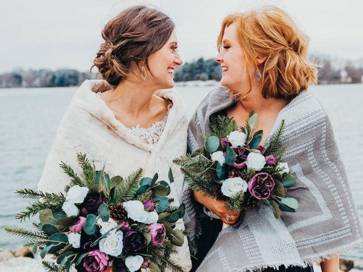 Tmx 5s5a1697 2 51 577614 158334372578566 Cedar Rapids, IA wedding florist