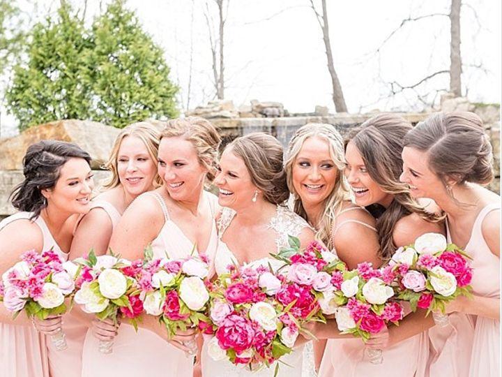 Tmx Bellasalaiowaweddingcorrinsethbethanymcneill 0048 2 51 577614 158293797565090 Cedar Rapids, IA wedding florist