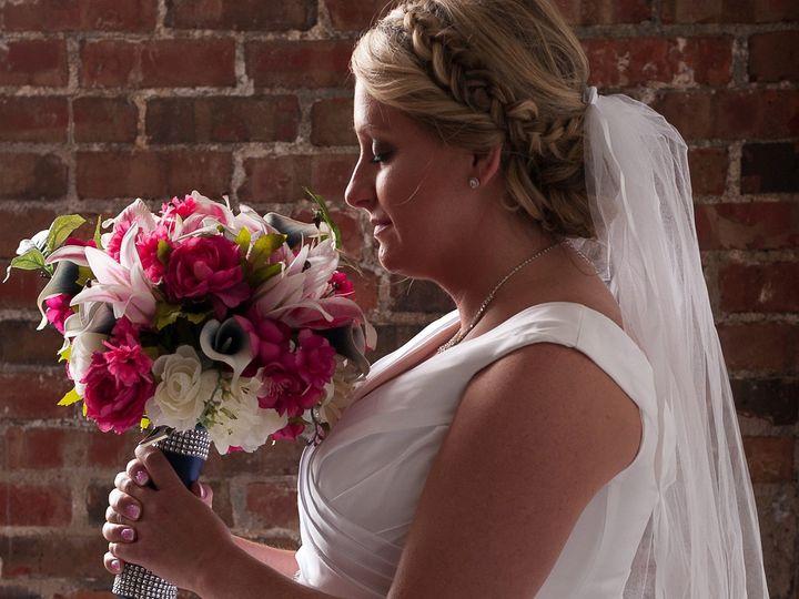 Tmx C H 3 51 577614 158334869578040 Cedar Rapids, IA wedding florist