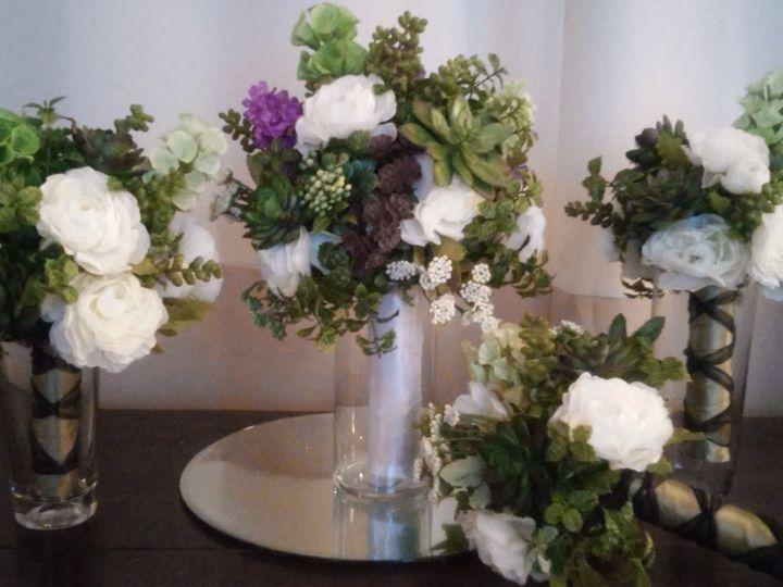 Tmx Corected Cac 2 51 577614 158335100983499 Cedar Rapids, IA wedding florist