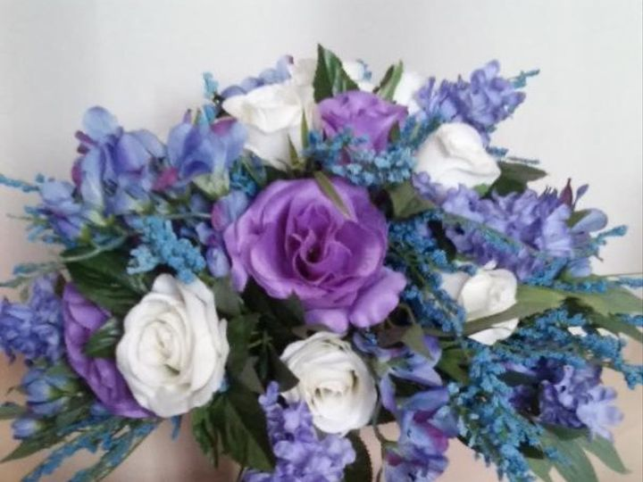 Tmx Flowers 2019 11 51 577614 158300404664205 Cedar Rapids, IA wedding florist