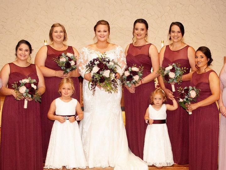 Tmx Img 0478 51 577614 158334376492145 Cedar Rapids, IA wedding florist