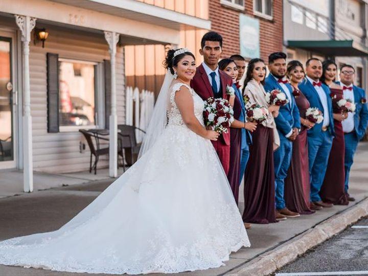 Tmx Rasa Two 51 577614 158334327329976 Cedar Rapids, IA wedding florist
