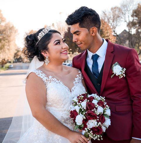 Tmx Rosa Three 51 577614 158334329951569 Cedar Rapids, IA wedding florist