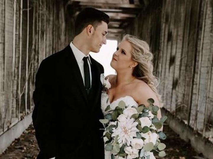 Tmx Taya 14 2 51 577614 158293538619553 Cedar Rapids, IA wedding florist