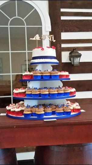 Elyssa & David's Wedding Cake at Molon Lave Vineyard in Warrenton, VA