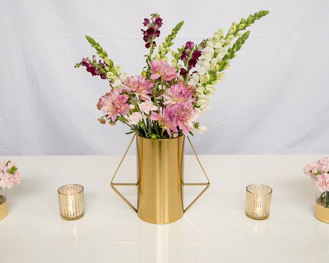 cylinder triangle gold centerpiece