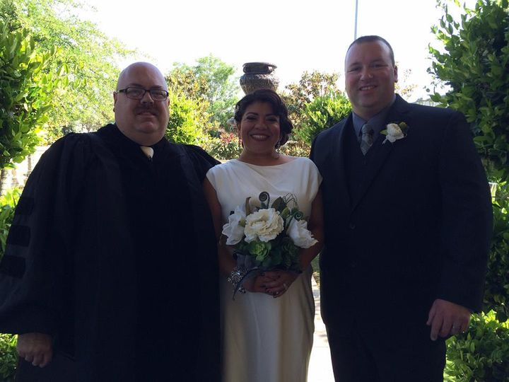 Tmx 10329202 870435729639782 4996107060619733464 N 51 602714 Bakersfield, CA wedding officiant
