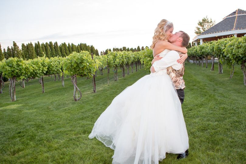 Happy couple in the vineyard