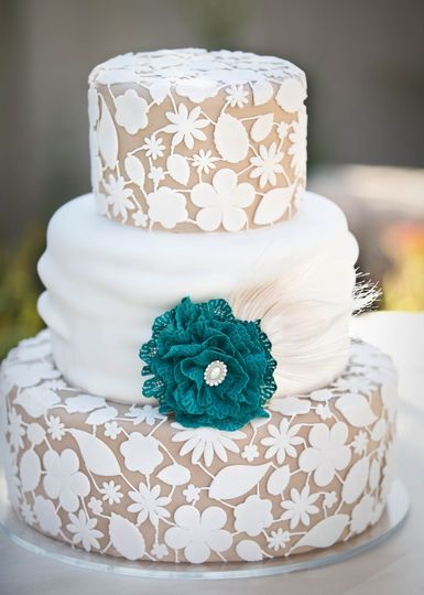 cake dame wedding cake salt lake city ut weddingwire. Black Bedroom Furniture Sets. Home Design Ideas