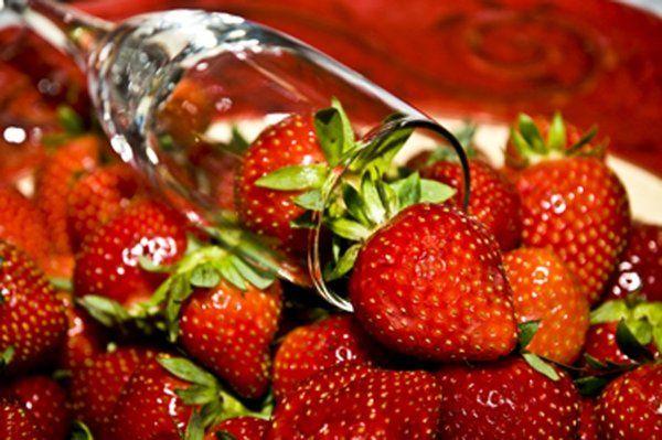 StrawberriesInChampagneGlass