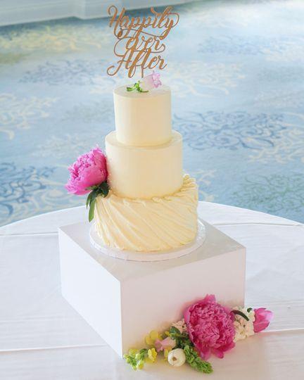 bijous sweet treats wedding cake 5302017