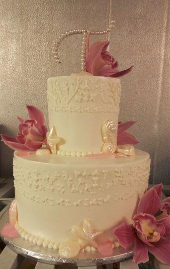 Maggie\'s Bakery - Wedding Cake - Key Largo, FL - WeddingWire