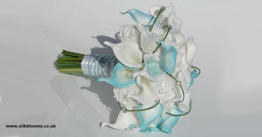 Silk blooms ltd flowers london gb weddingwire silk blooms ltd 600x315 2l mightylinksfo
