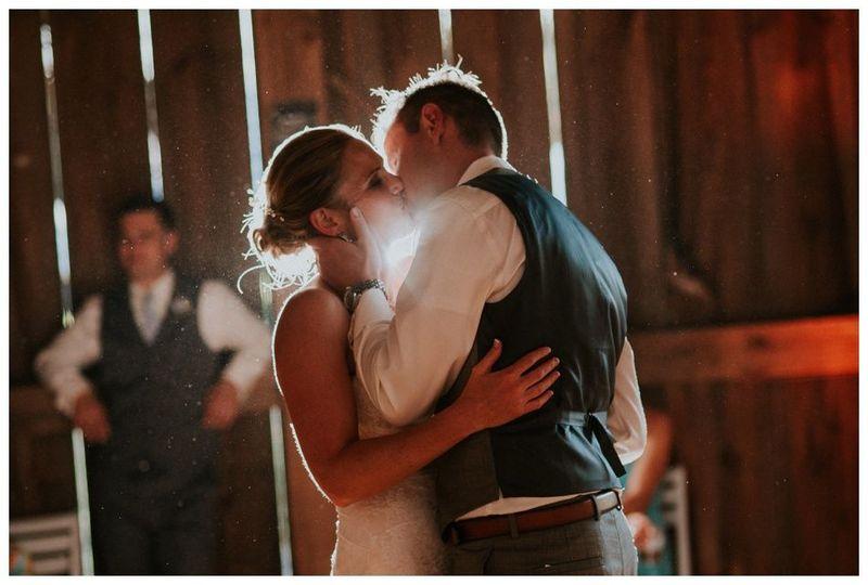 96de56637706a870 Wisconsin Wedding Lifestyle Photography KJP 0629