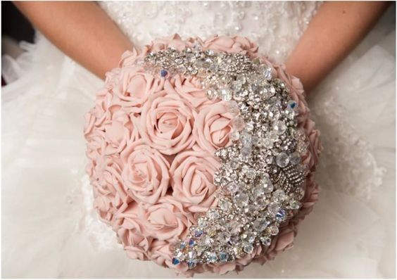 aa131592d3043921 1466438170051 blush brides with rinestone