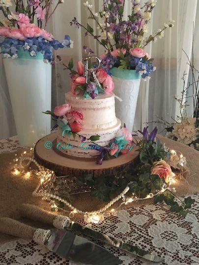 cake cuties bakery wedding cake tampa fl weddingwire. Black Bedroom Furniture Sets. Home Design Ideas