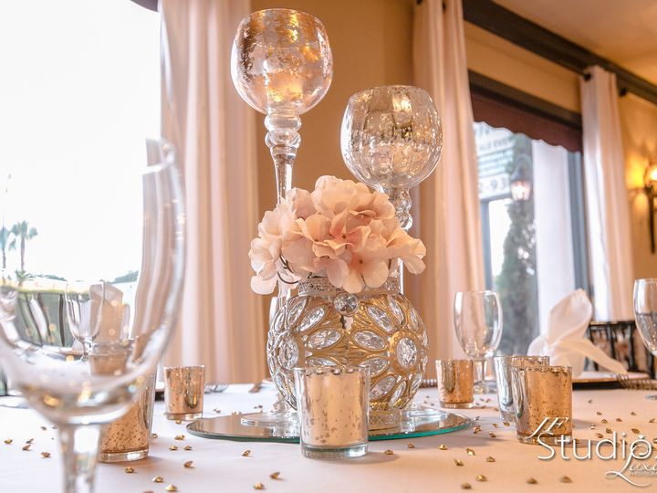 Tmx Decor Candles With Floral 51 538814 Seabrook, TX wedding venue