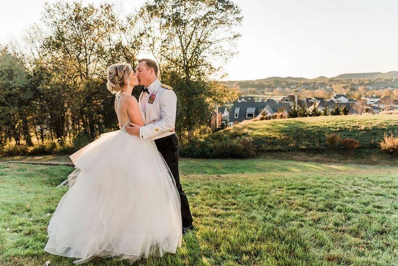 374nashville wedding photographers aefarms 51 1003914 158196913092784