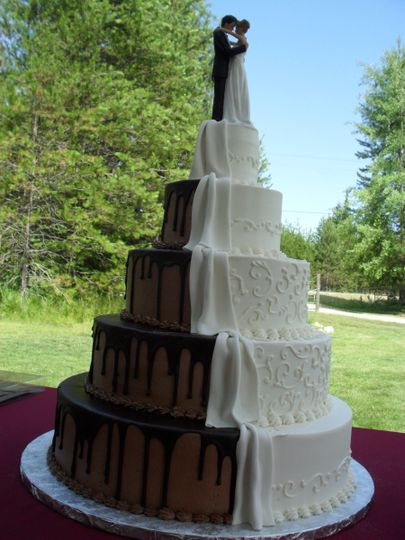 Wedding Cakes Spokane Division