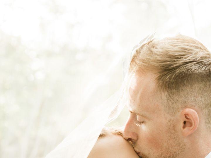 Tmx 1538423128 775f89a2db118437 1538423124 B596fd19fd5d4b1f 1538423218806 11 00001 Federal Way, Washington wedding photography
